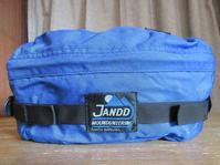 Jandd Mountaineeringのウエストバッグ - Questionable&MCCC