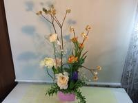 こんな春のアレンジも☆ - Flower Days ~yucco*のフラワーレッスン&プリザーブドフラワー~