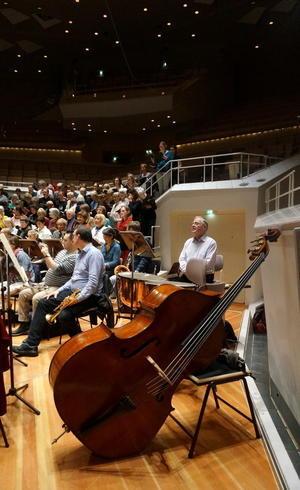 フィルハーモニーの室内楽ホールはやはり素晴らしい! - べルリンでさーて何を食おうかな?
