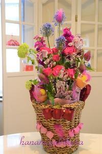 生花の香りに癒されて - 好きな物に囲まれて* お花とお茶と楽しい時間 *