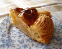 昔ながらのアップルパイが美味しい!近江屋洋菓子店本郷店(本郷三丁目)にて - カステラさん