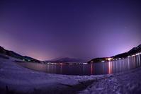 雪の山中湖 - 風とこだま