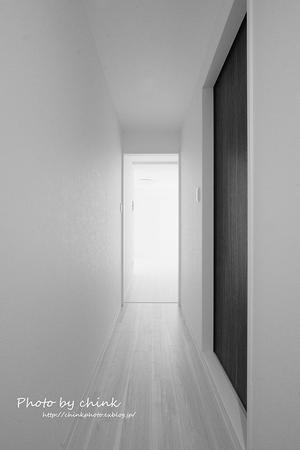 廊下の向こう側 - チンク写真館