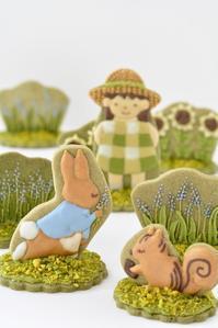 スイーツデコレーション教室 初級クラス 3月レッスン風景 - Misako's Sweets Blog アイシングクッキー 教室 シュガークラフト教室 フランス菓子教室 お菓子 教室