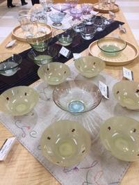 今日から丸井今井一条館7階のリビングフロアでjapan sensesに北海道クラフトからは豊平ガラスの巳亦敬一さんの新作を展示しています。 - いぷしろんの空