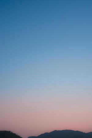 春霞的夕空。 - Omoブログ