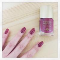 赤紫色。 - うさまっこブログ