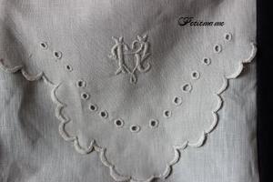 モノグラム刺繍×スカラップ刺繍 - Petit mame
