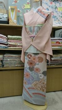トルソーさん着物チェンジ - たんす屋新小岩店ブログ