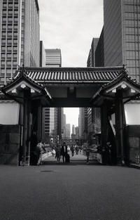 東京スナップ #253 - 心のカメラ / more tomorrow than today ...
