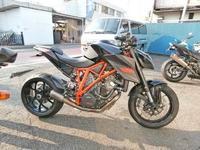 K西サン号 KTM SUPER DUKE-R(スーパーデュークR)の消音加工♪ - バイクパーツ買取・販売&バイクバッテリーのフロントロウ!