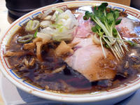 フレッシュな香りと味わいは皆無〔サバ6製麺所/ラーメン/JR福島〕 - 食マニア Yの書斎 ※稀に音マニア Yの書斎