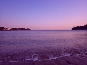 週末 - 今日も渚で日が暮れて