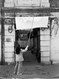 洗濯物を干す - Life with Leica