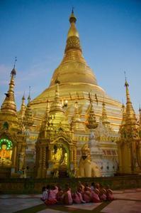 そういえばミャンマー  寺院編 - みると不幸がうつるよ