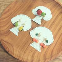 フルーツのピアス&ブローチ - 手づくり屋 mushroom