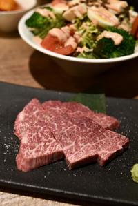 【サントリーグルメガイド公式】「USHIHACHI 二子玉川店」和牛A4ランク一頭買い!隠れ家焼肉ダイニング - IkukoDays