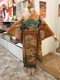 古典な振袖☆長襦袢付き - Tokyo135° sannomiya