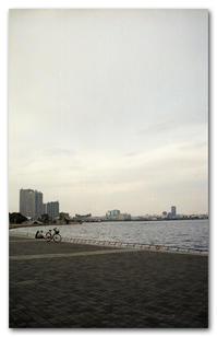 #2149 横浜の海を眺めて - at the port