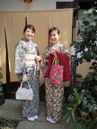 大人っぽく装って。 - 京都嵐山 着物レンタル&着付け「遊月」