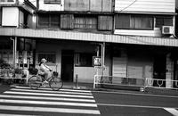 横断歩道 - そぞろ歩きの記憶