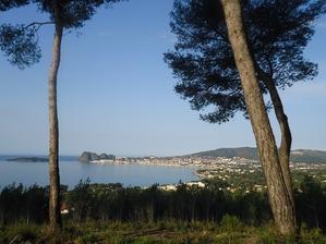 地中海の海のブルーはやっぱり美しい! - 南仏プロヴァンスの大自然の魅力