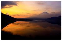29年4月の富士(1)本栖湖の富士 - 富士への散歩道 ~撮影記~