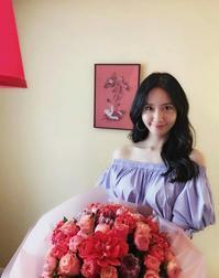 少女時代 ユナ、美しい鎖骨に視線釘付け…春の香り漂う近況ショット公開 - Niconico Paradise!