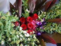 退職される男性へ。「明るく」。南区川沿12条にお届け。2017/03/31。 - 札幌 花屋 meLL flowers