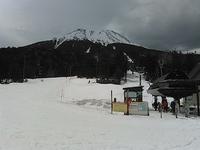 今シーズンのラストゲレンデ!?開田高原MIAスキー場 - 山にでかける日