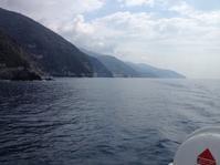 もう海水浴を楽しむ人々@モンテロッソ - フィレンツェのガイド なぎさの便り