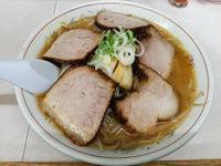 つるやさんで味噌野菜チャーシュー(旭川市4条通19:2017年51杯目) - eihoのブログ