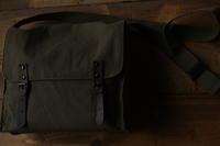 普段使い用鞄 ROTHCO (ロスコ) Vintage Canvas Medic bag  (ビンテージ キャンバス メディック バッグ)  - Mineral's&Cameraの日記