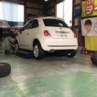 FIAT500 新品タイヤに交換 - 藪の中のつむじ曲がり