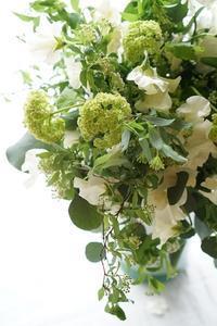 器から作りこんで行く楽しいコンポジション - お花に囲まれて