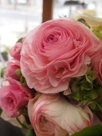 オトナ可愛いブライダルパーティのお花 - ルーシュの花仕事