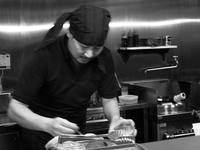 名塚「麺創房一凜」でベジタブルポタージュ オマールエビのビスクラーメン - ぶん屋の抽斗