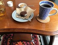 週末の隠れ家カフェ - Kyoto Corgi Cafe