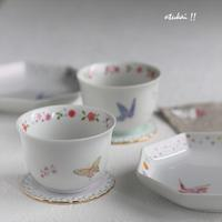 湯呑と八角皿 - トールペイントとポーセラーツ アトリエ おつかいサンタさん