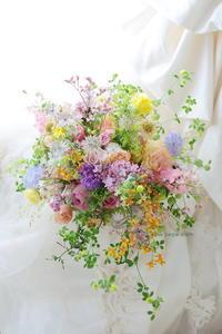 クラッチブーケ レストランPACHON様へ  - 一会 ウエディングの花