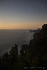 月の出直後の北山崎 - 遥かなる月光の旅