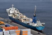 球状船首セメント船「清安丸」 - 船が好きなんです.com