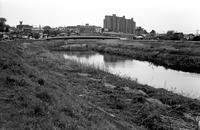 4月の河畔 - そぞろ歩きの記憶