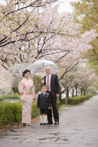春の嵐の入学式 - 息子とカメラとどこ行こう!