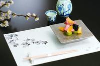 春らしく敷き紙マットとお品書きの桜をデザインしました。 - 図案家 成願 義夫(じょうがん よしお)