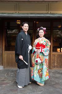 和の正統・日本髪とアンティーク引き振袖の愛らしい花嫁姿 - それいゆのおしゃれ着物レンタル