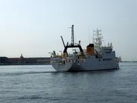 """4月16日(日)、神戸港第2突堤から練習船""""おしょろ丸""""が出港しました - フォトカフェ情報"""