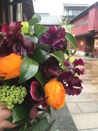 金沢の花嫁さん♪ - お花に囲まれて
