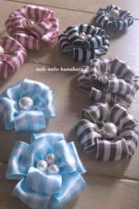 ◆娘の入園式に付けました!リボンで作るカメリア風コサージュ♪ - フランス雑貨とデコパージュ&ラッピング教室 『meli-melo鎌倉』