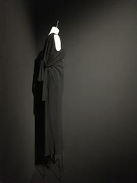 バレンシアガの黒の世界〜Balenciaga, l'oevre au noir展 @ Musee Bourdelle - パリデイズ